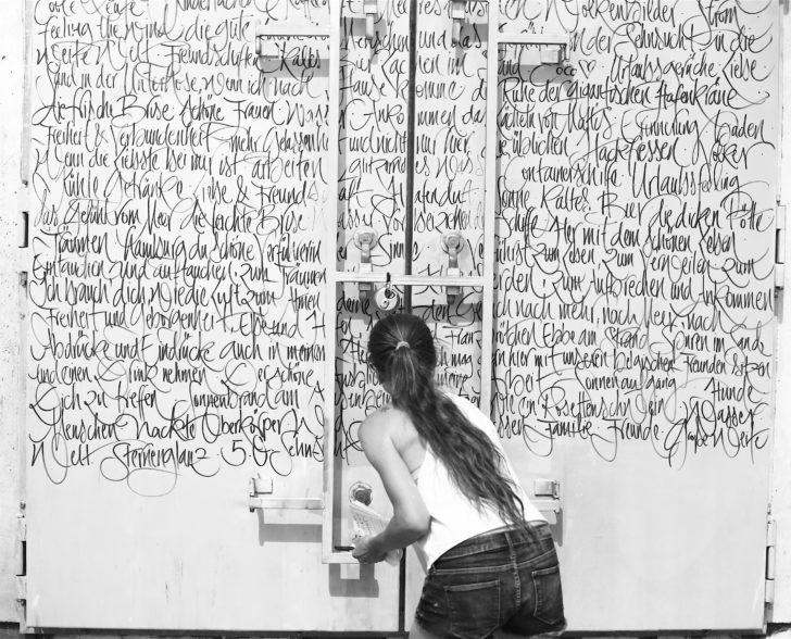 Kalligraphie Performance Was macht Dich glücklich 2