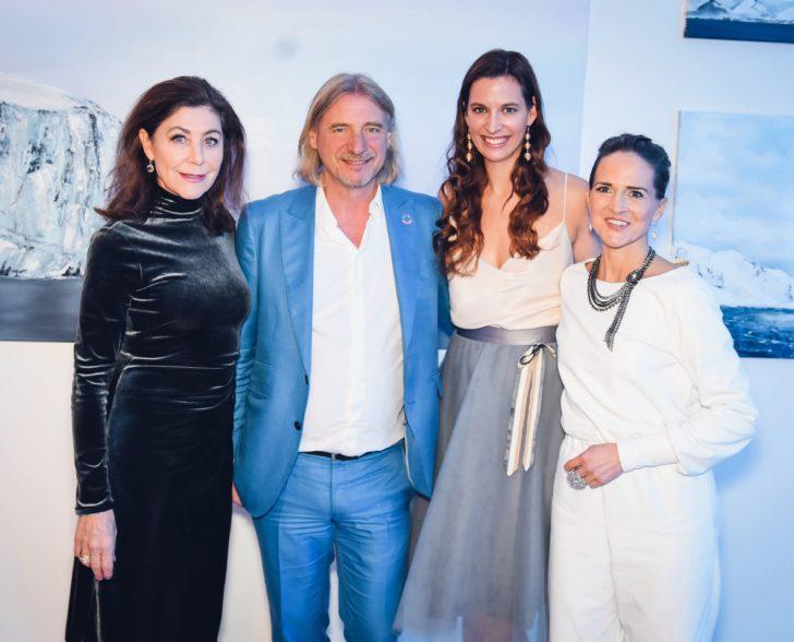 Alexandra von Rehlingen, Frank Otto, Nadine Geigle, Eiszeitdinner by Jeannine Platz & Nadine Geigle/ Barlach Halle K